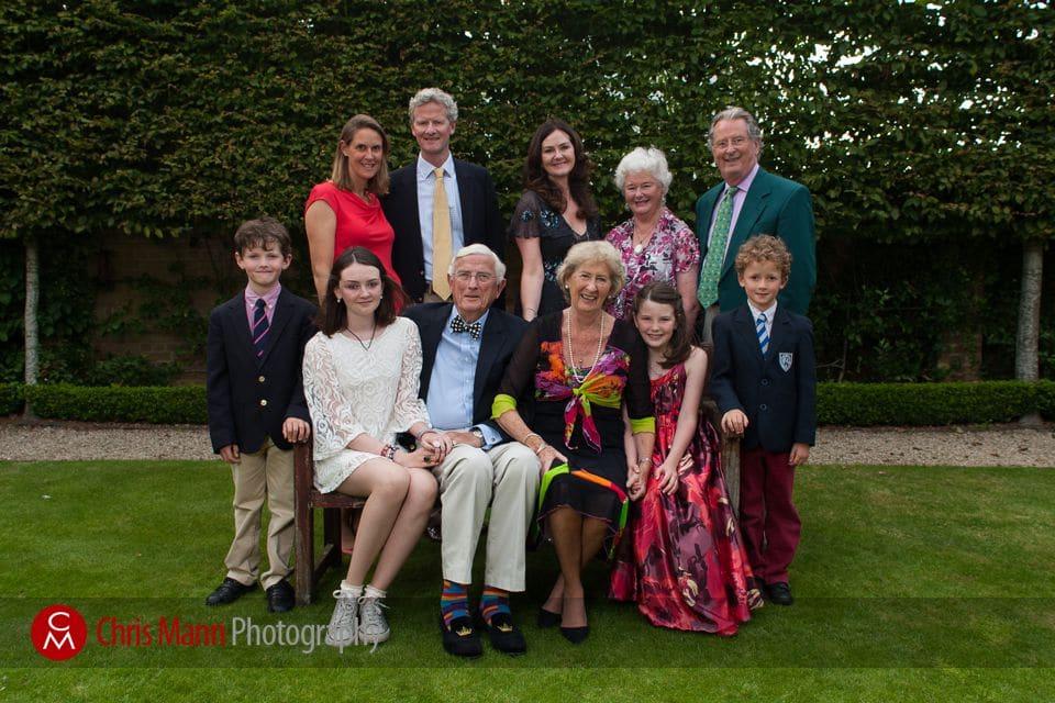 wedding anniversary photos family portrait