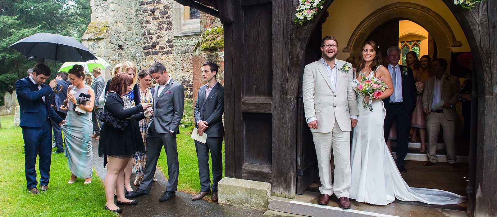 Cranleigh church wedding – Lydia & Ian: sneak peek