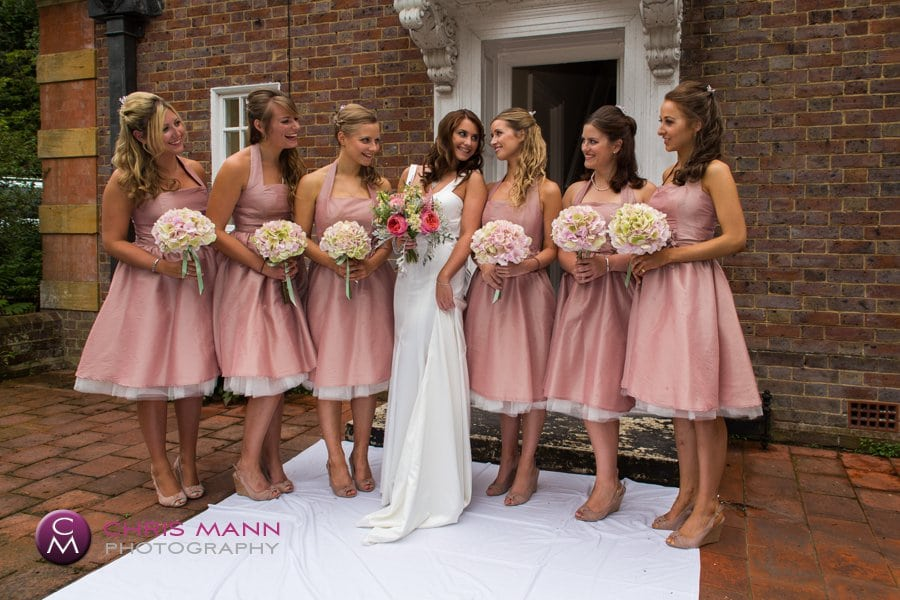 group photo bride with bridesmaids