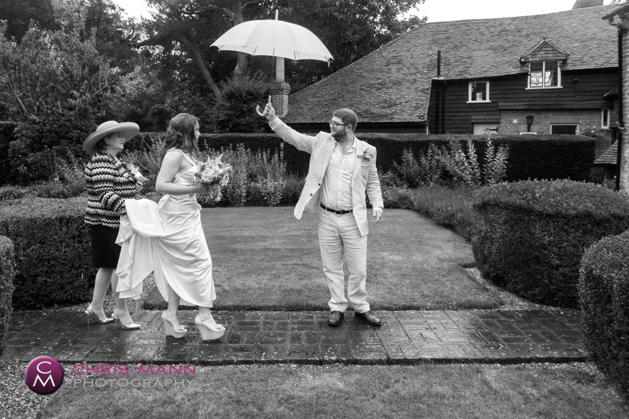 Surrey church wedding lydia ian cranleigh (13)