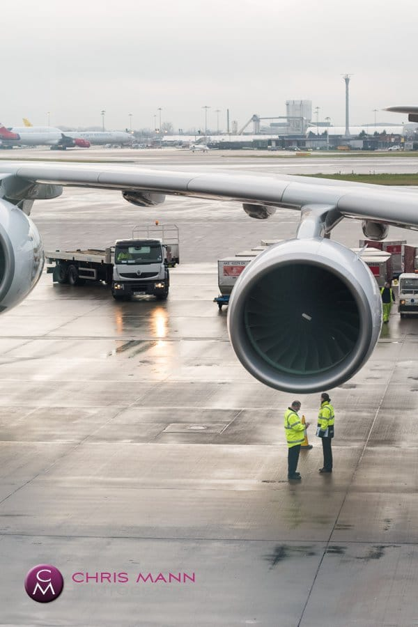 A380 Airbus engine with airport workers