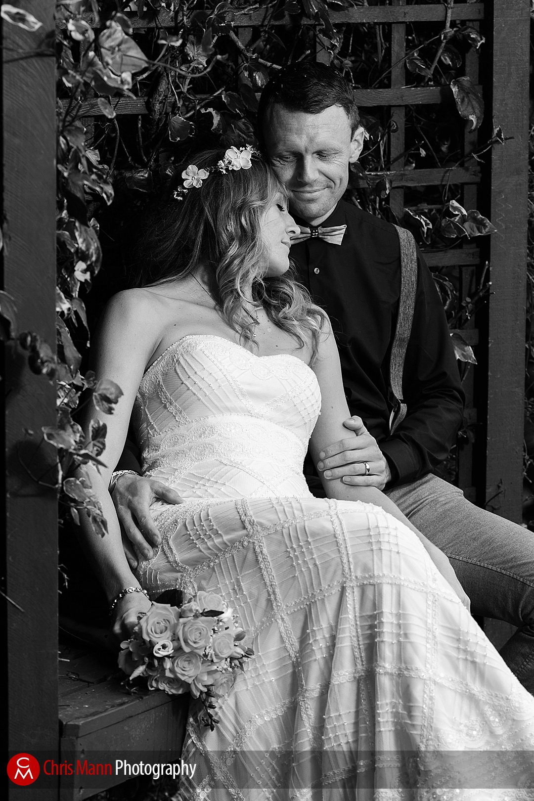 bride and groom quiet moment gardens Leatherhead registry office