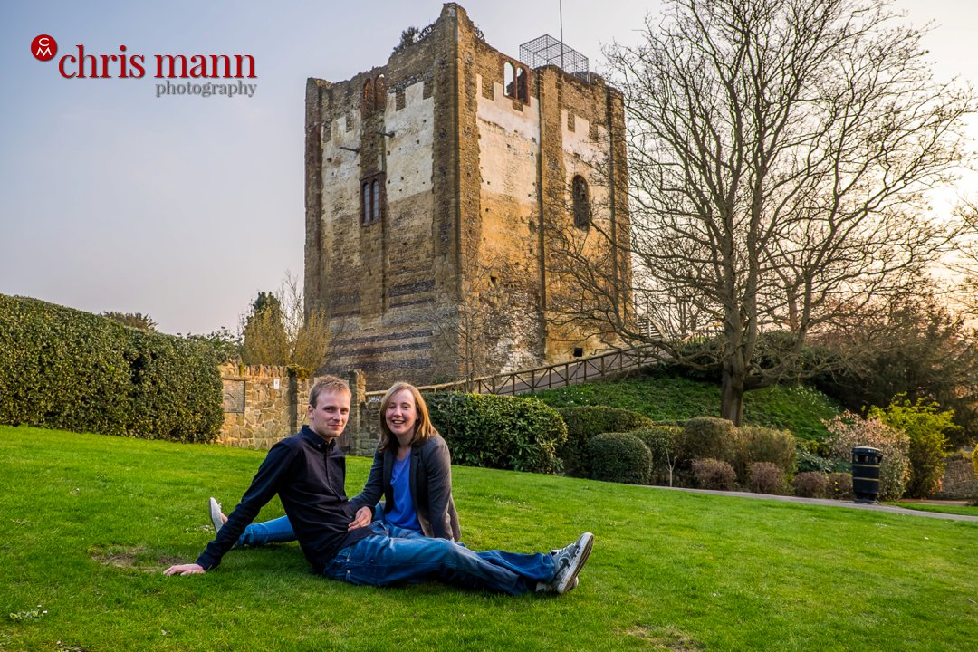 engagement shoot at Guildford Castle