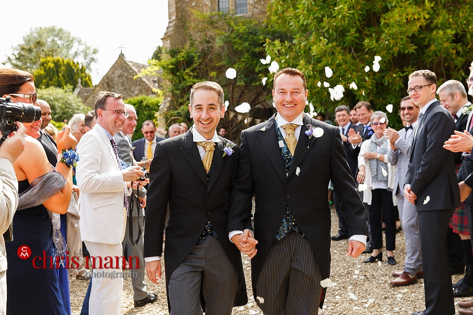 confetti toss at Brympton country wedding