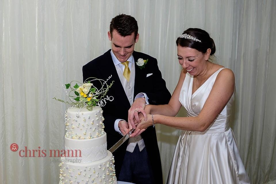 Hampshire-wedding-photography-039