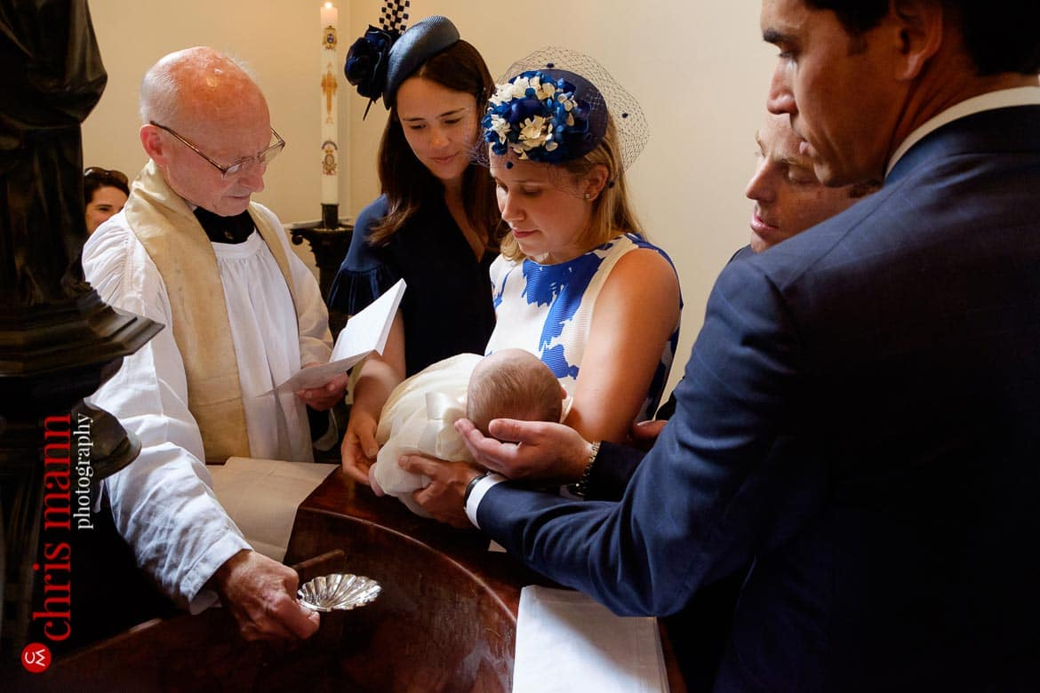 You are currently viewing Brompton Oratory Christening photos | Victoria and Family