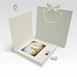 Deluxe USB box with prints to add to wedding photo packages