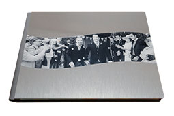 wedding photo albums can be added to wedding photo packages