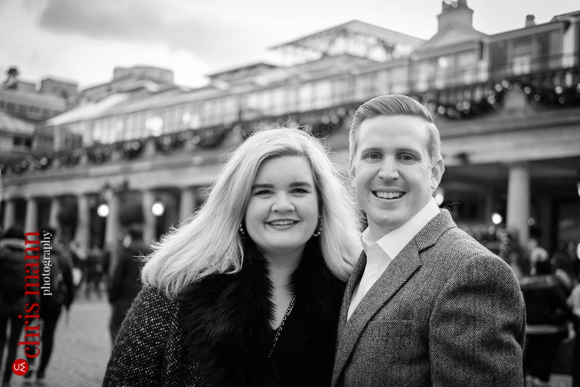 Couple at Covent Garden black and white image