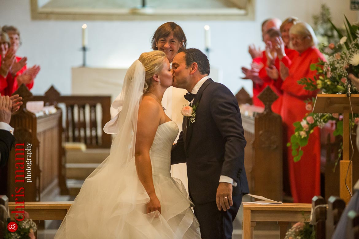 first kiss - classic church wedding in Hampshire